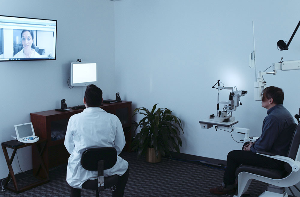 patient receiving digital eye exam