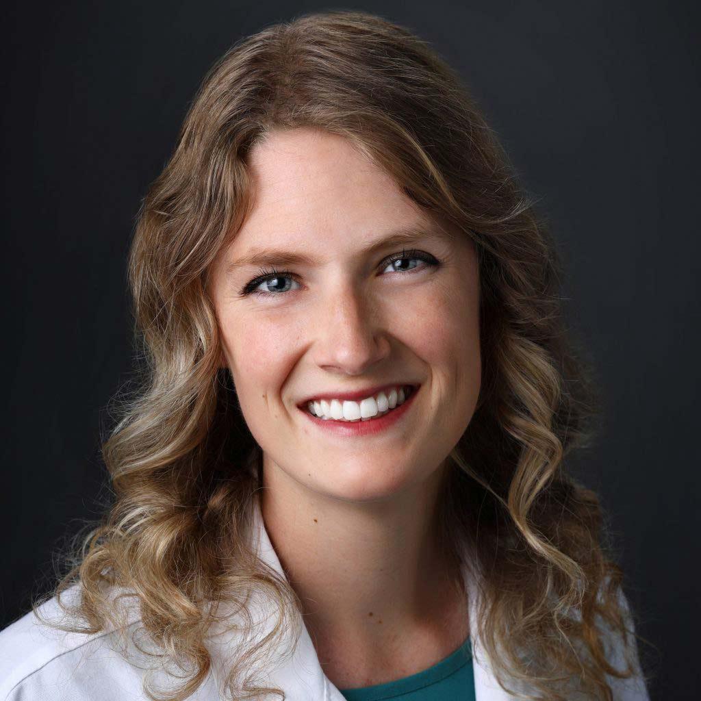 Aimee Violette - Optometrist